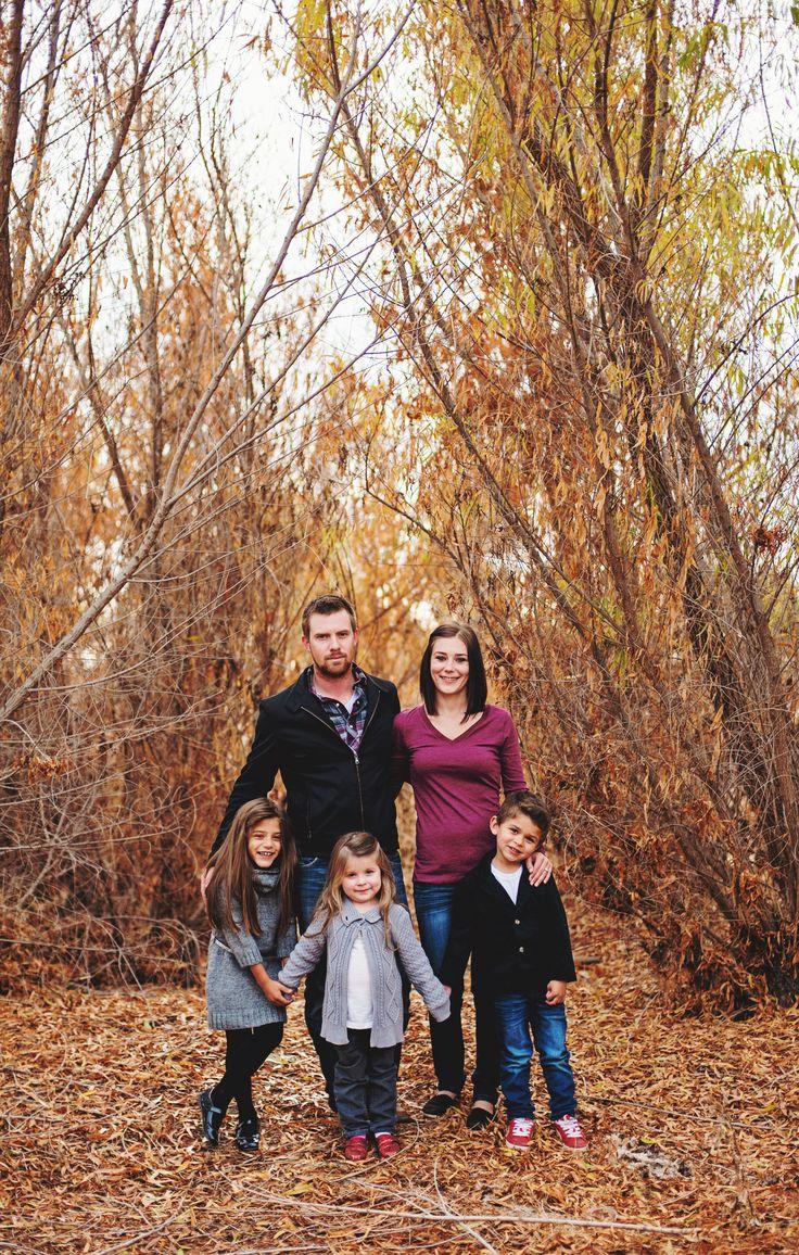 Family.  Family photography.  Family of five.  Family posing.  Daniel-Skye Photography from Bakersfield, CA