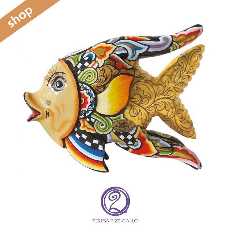 Pesce. La nuova collezione di statuine in legno pregiato dipinto.   CLICCA SUL LINK >>> http://www.teresapizzigalloshop.it/home/264-pesce.html