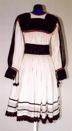 Women's costume from county of Satu Mare, zone Oaş