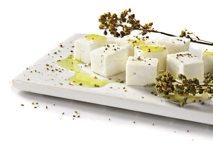Η Φέτα ΠΟΠ Μυτιλήνης είναι το πιο γνωστό ελληνικό λευκό τυρί που παρασκευάζεται αποκλειστικά από αιγοπρόβειο γάλα. Είναι απόγονος των τυριών που έφτιαχναν οι Έλληνες ήδη από την εποχή του Ομήρου. Η Φέτα ΠΟΠ Μυτιλήνης έχει μία ελαφριά αλμυρή βουτυράτη γεύση, διακρίνεται για το πλούσιο άρωμα της και τρίβεται ευχάριστα στο στόμα και βρίσκεται καθημερινά στο ελληνικό τραπέζι.
