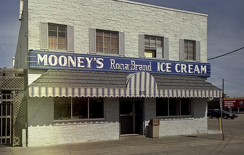 Mooney's Ice Cream - Saginaw, MI  I loved stopping here on the way home from Jacobson's for some Blue Moon ice cream. (Unfortunately closed in 1996.)