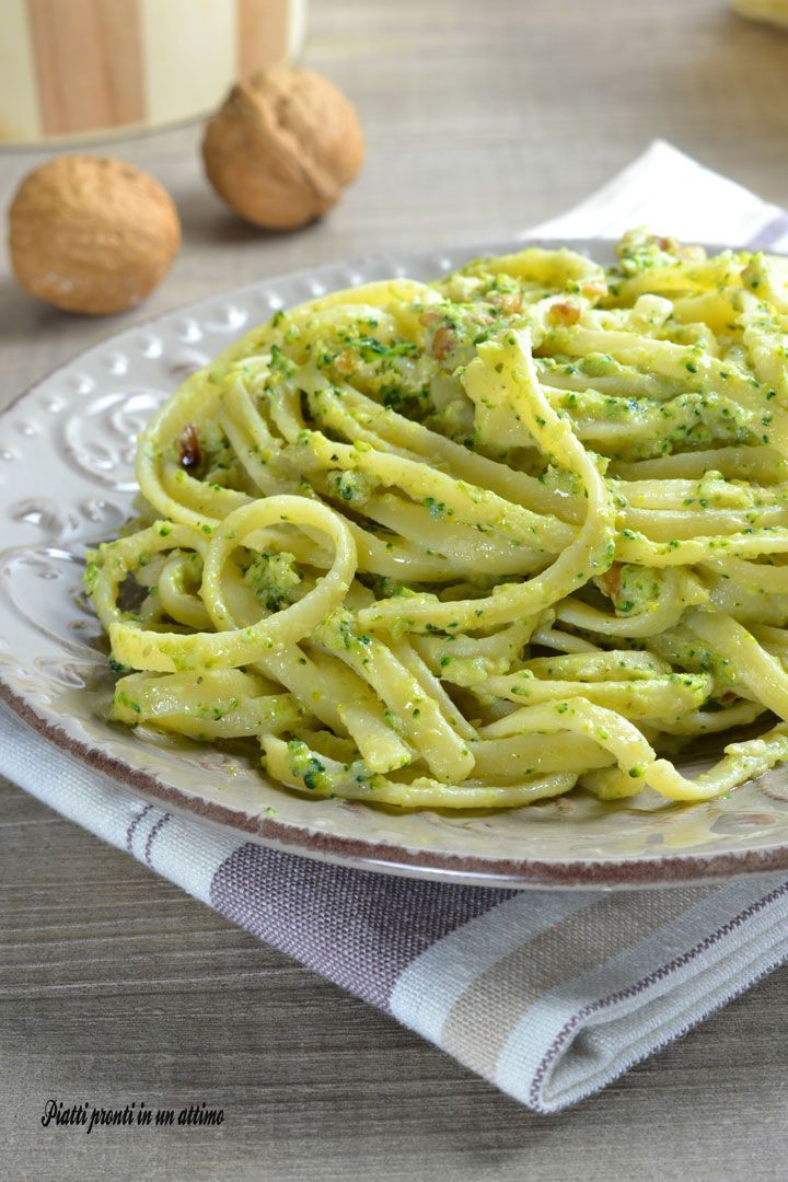 Linguine alla crema di broccoli e noci