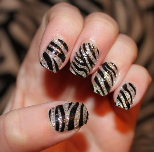 Best 25+ Zebra nail designs ideas on Pinterest | Zebra ...