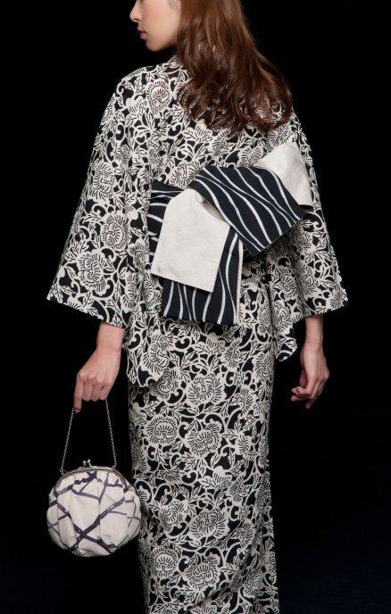 Kimono by: http://isoya-jp.com/asa-men.html