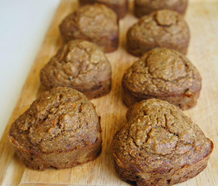 No sugar. No butter. Sweetened with applesauce + bananas. Hidden Veggies. Healthy muffins for toddlers.
