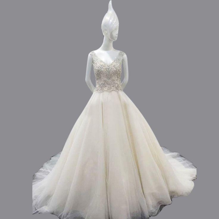 Ball Gown V Neck Crystal Beaded 2016 Luxury Wedding Dress Luxury Soft Tulle Backless Vestido De Noiva Fotos Reais MC222