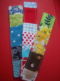 See Katie Sew: Patchwork Bookmark Tutorial: Book Club, Sewing Projects, Gifts Ideas, Bookmarks Tutorials, Cute Ideas, Fabrics Scrap, Fabrics Bookmarks, Scrap Fabric, Patchwork Bookmarks