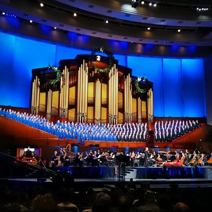 Ladies and gentlemen, the always impressive Mormon Tabernacle Choir. #VisitSaltLake #Choir #Holidays