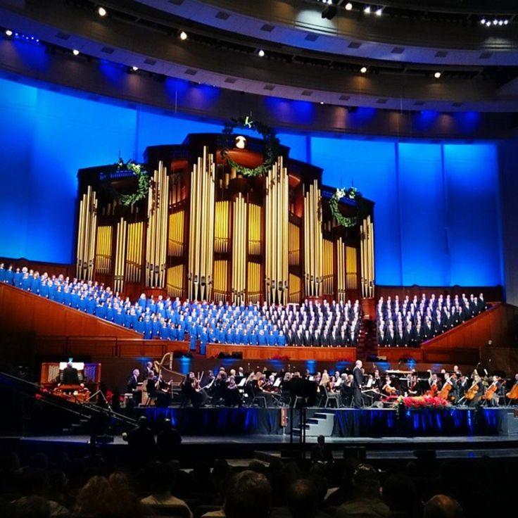 Ladies and gentlemen, the always impressive Mormon Tabernacle Choir. #VisitSaltLake #Choir #Holidays