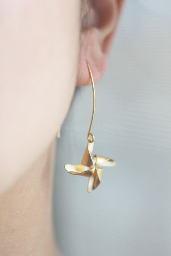 ✦✧Pinwheel Summertime French Hook Earrings in Gold or Silver Finish✧✦