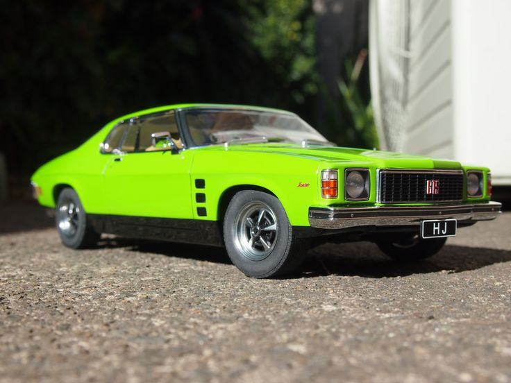 HJ Monaro GTS 308 - 1/18 Biante - Jamaica Lime