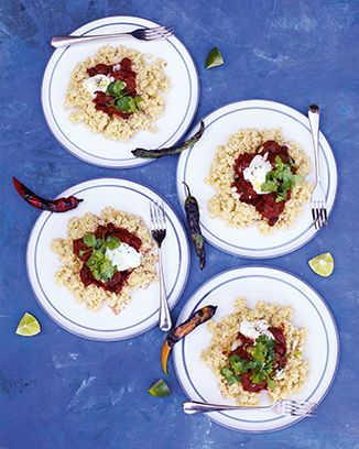 Jamie Oliver - Chilli con carne meatballs. 15 minute meals. Must-eat