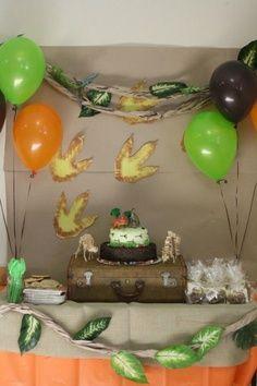 los dinosaurios siempre estarn presentes en el juego de los nios y decorar una fiesta de