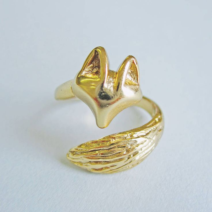 Telling Tails Fox Ring