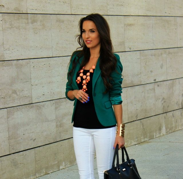 What to wear with emerald green jacket