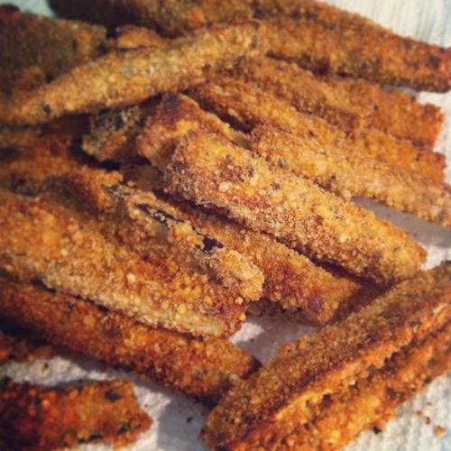 Easy baked eggplant fries. We had eggplant fries from a food truck (https://www.facebook.com/hummusfactory) at the Las Vegas Springs Preserve and they were SO GOOD!  I have to figure out how to make them!