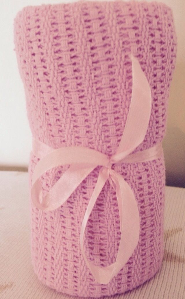 Image of Beautiful Pink Celluar Cotton Blanket