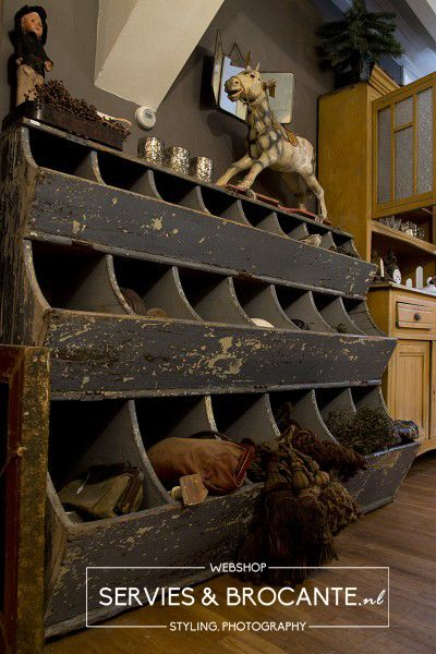 Wooden Storage Bins - this is a great piece of furniture that could be used in so many places in the home or retail space - Servies en Brocante