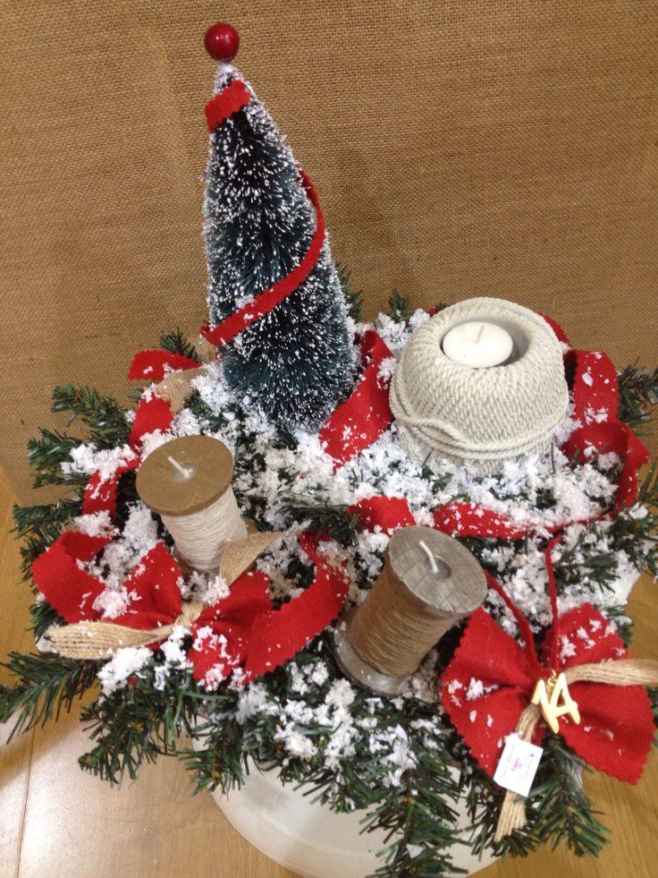 Χριστουγεννιάτικη σύνθεση για το τραπέζι με κεριά κουβαρίστρες! www.nikolas-ker.gr