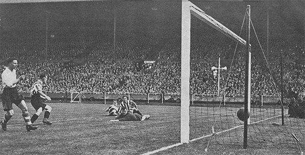 1st May 1937. Sunderland inside forward Raich Carter restores the lead against Preston North End in the FA Cup Final, at Wembley.