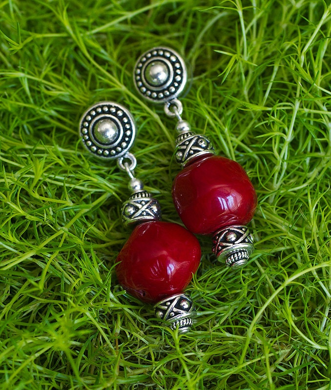 Valentines Day Red Coral Earrings Cute by GemBoutiqueOnline $42