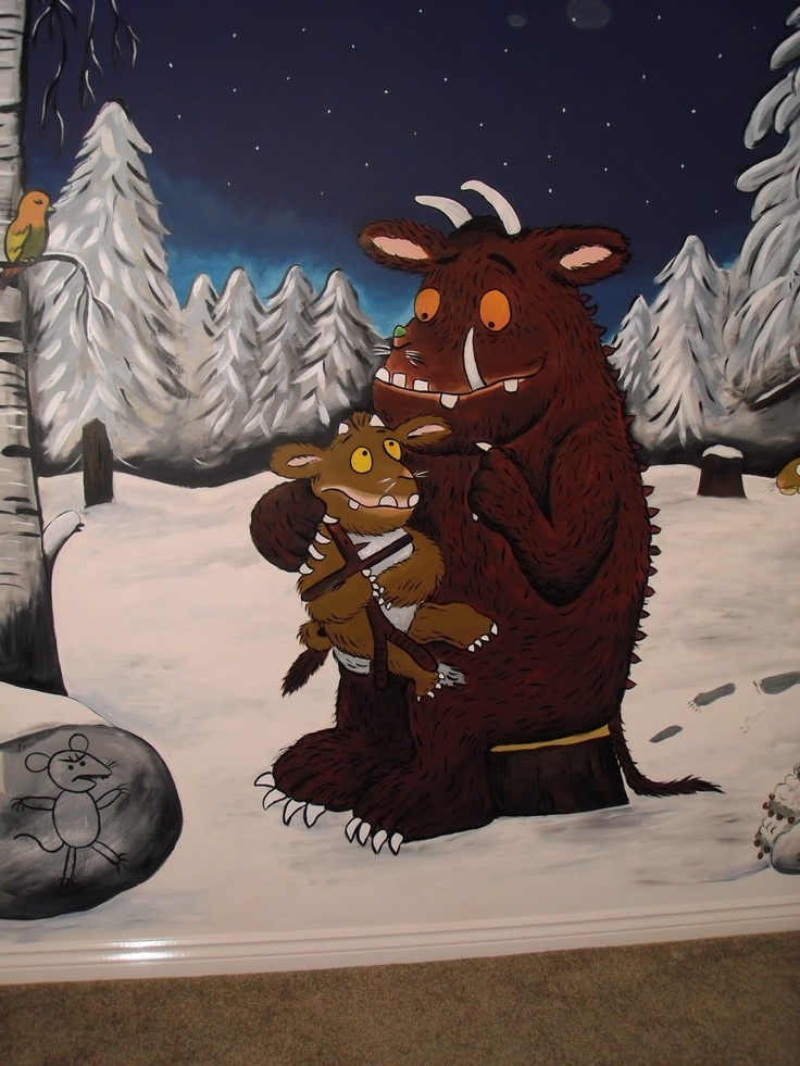 Gruffalo's childs playroom mural www.custommurals.co.uk