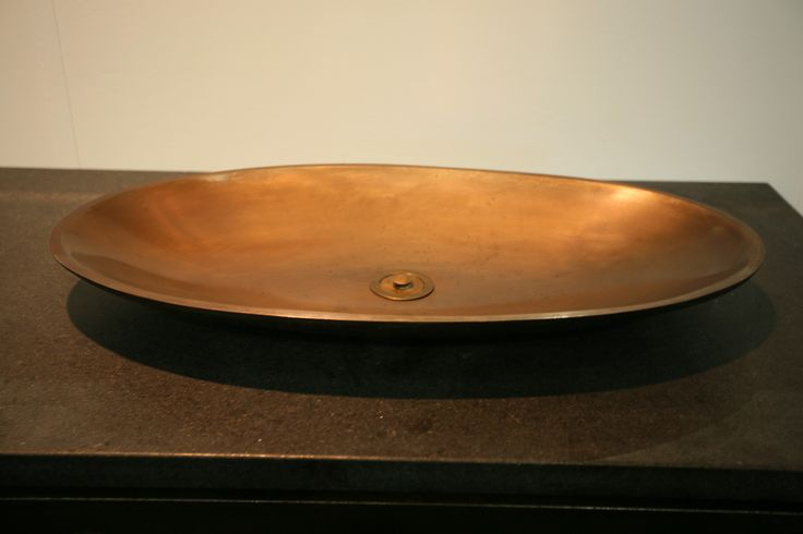 Oval bronze Dish basin