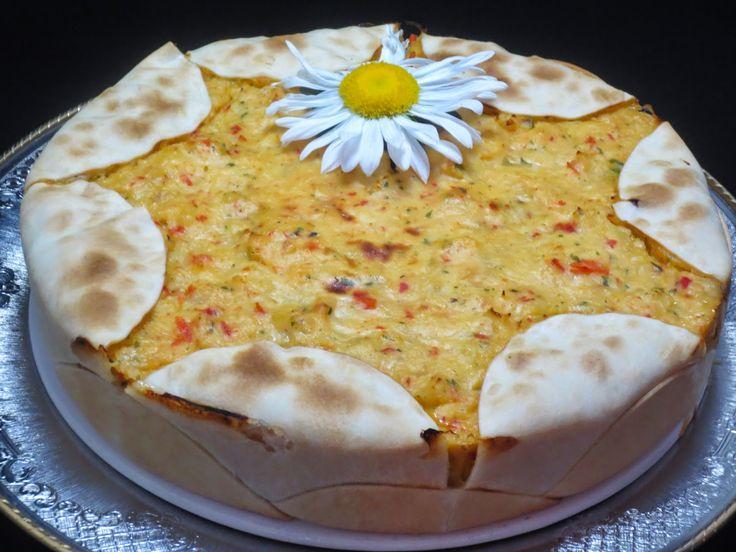 Pastel empanadilla de merluza y gambas Ana Sevilla cocina tradicional