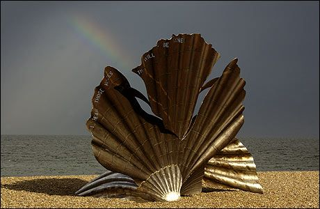 Aldeburgh beach - The Scallop - Maggie Hambling