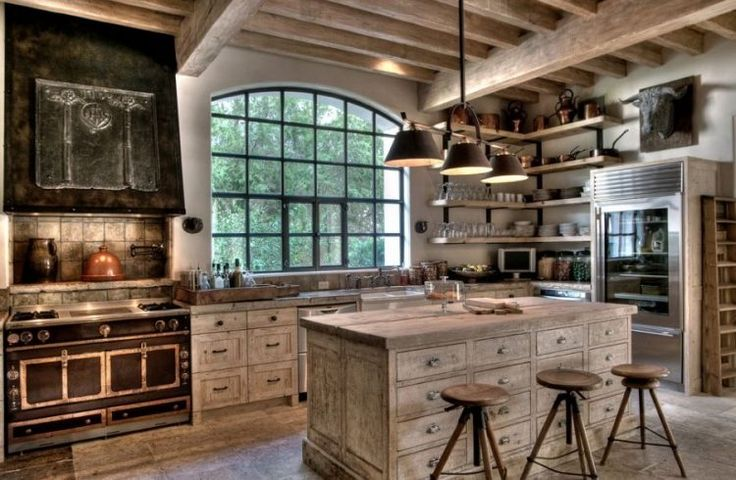 10 Cabin Chic Rooms That Will Make You Want to Hibernate