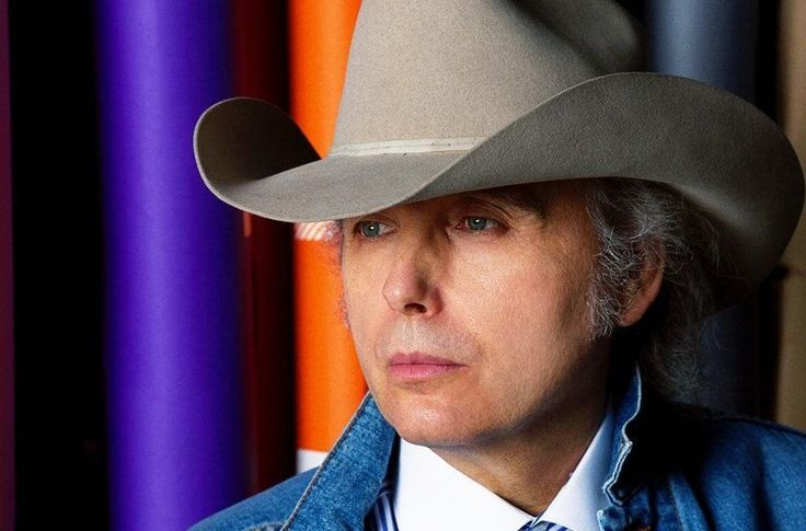 Dwight Yoakam was in the studio when Prince passed away. A spur-of-the-moment…