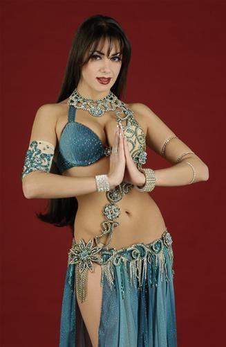 trajes de danza arabe jade - Buscar con Google
