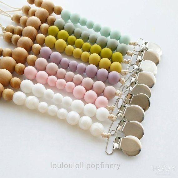 This listing is for ONE clip only! Colour Combination can be customized!  Joel organic wood + silicone beads clips is great for any toys and