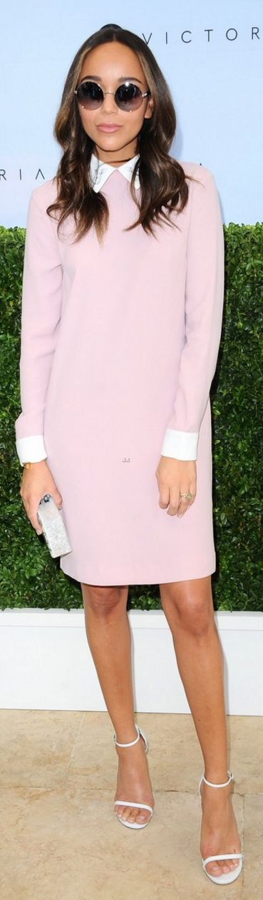 Who made  Ashley Madekwe's jewelry, white sandals, and pink dress?
