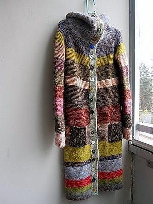 Mummoltakki (personal pattern) -fabulous striped cardigan coat from ravelry user milliini