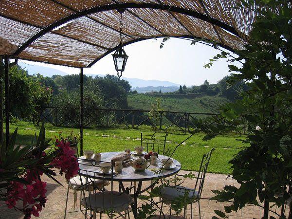 Property for sale in Lazio Tarano Italy - Country House  http://www.italianhousesforsale.com/property-italy-lazio-sabina-45-min-from-rome-la-casetta-degli-oleandri-1699.html