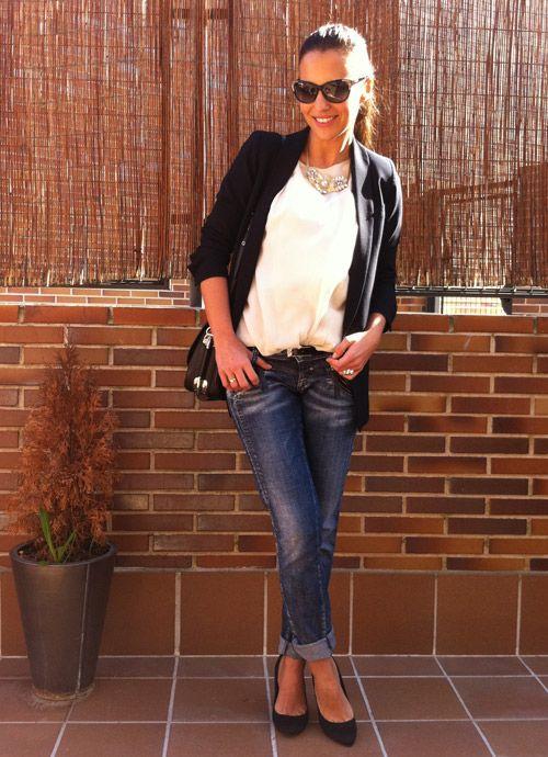 Tras la pista de Paula Echevarría » Jeans + Camisa + Blazer = CHIC