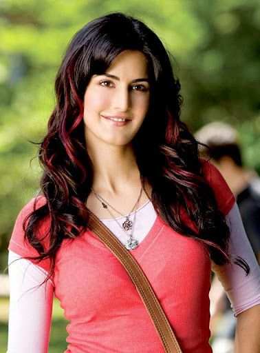 Rare and Unseen pictures of Katrina Kaif<p>App Salient Features:<br>    o Absolutely Free.<br>    o View offline.<br>    o Set picture as wallpaper.<br>    o Share with friends.<br>    o Zoom-in/out with pinch gesture.<br>    o Swipe left or right for next picture.<p><br>Katrina Kaif Movies:<br>2003    Boom<br>2004    Malliswari<br>2005    Sarkar<br>2005    Maine Pyaar Kyun Kiya?<br>2005    Allari Pidugu<br>2006    Hum Ko Deewana Kar Gaye<br>2006    Balram vs. Taradas<br>2007    Namastey…