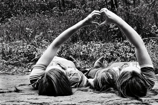 Best Friends Photoshoot xx on UNCHARTED the blog xx