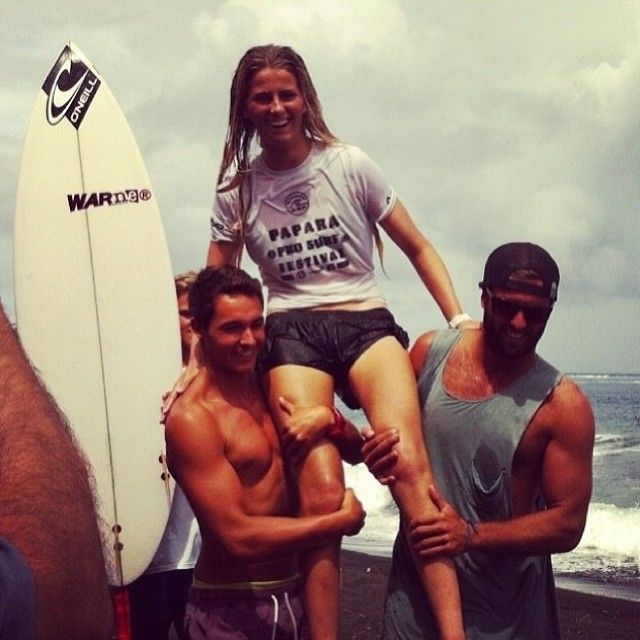 Sophia Bernard won the Vahine Pro Junior in Tahiti! #sophiabernard #surf