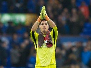 Everton goalkeeper Joel Robles in talks over Getafe return