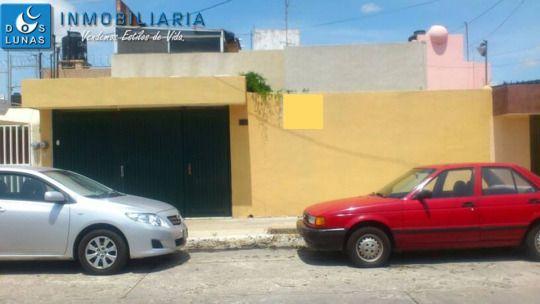 EN VENTA PROPIEDAD BARRIO DE TEQUIS, 4 RECAMARAS SUP 275m2 CONST 250m2. COCHERA 2 AUTOS COCINA INTEGRAL ÁREA P/DESAYUNADOR Y ALACENA ACCESO DE SERVICIO SALA Y COMEDOR 3 RECAMARAS SECUNDARIAS C/CLOSET HALL TV BAÑO COMPLETO C/TINA RECAMARA PRINCIPAL C/BAÑO COMPLETO CANTINA Y CLOSET PATIO C/FUENTE P/A  CUARTO DE SERVICIO C/BAÑO COMPLETO PATIO DE SERVICIO CUARTO DE LAVADO BODEGA TERRAZA SALA DE JUEGOS 1/2 BAÑO PRECIO $2,450,000.00 PESOS INFORMES, VENTAS Y MUESTRA DE PROPIEDAD,  COMUNICATE AL…