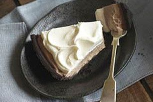 I used to make this often...so easy! Glad I remembered it so I can make it again! Ombre chocolate pudding pie