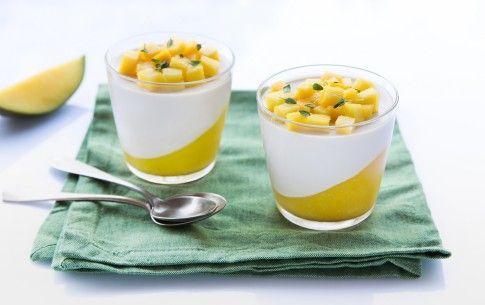 Preparazione Panna cotta al mango - Fase 3