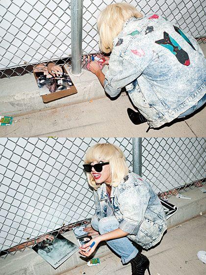 Lady Gaga signing albums