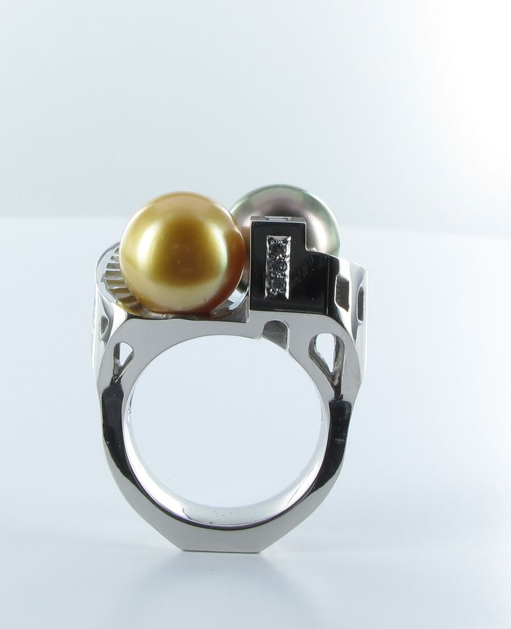 Bague 2 perles Platine architecture #tournaire #jewels #jewelry #luxe #perle #pearl #bague #ring #Architecture