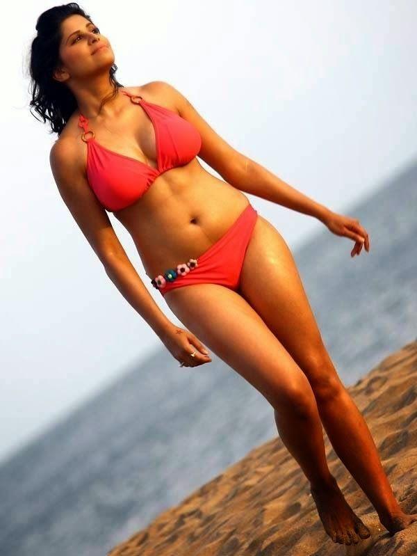 hunter-actress-sai-tamhankar-ho
