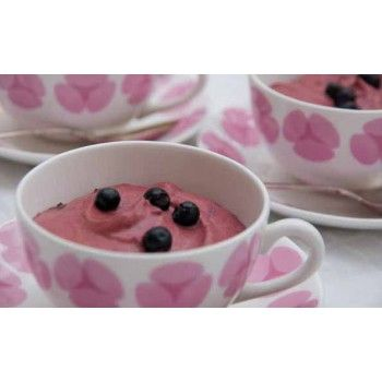 Blueberry mousse with mint chocolate