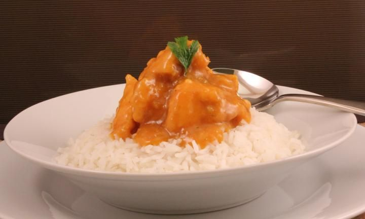 Apricot chicken is good old-fashioned comfort food. It is sweetened by the apricot nectar and the kids will love these familiar flavours.