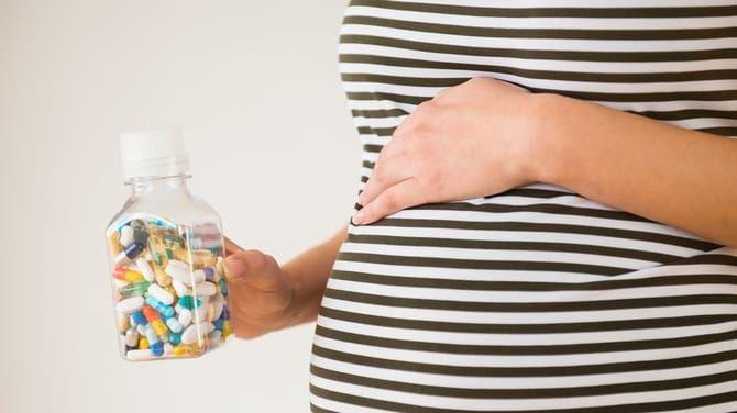 S liekmi na kvasinky opatrne, môžu uškodiť vášmu bábätku.